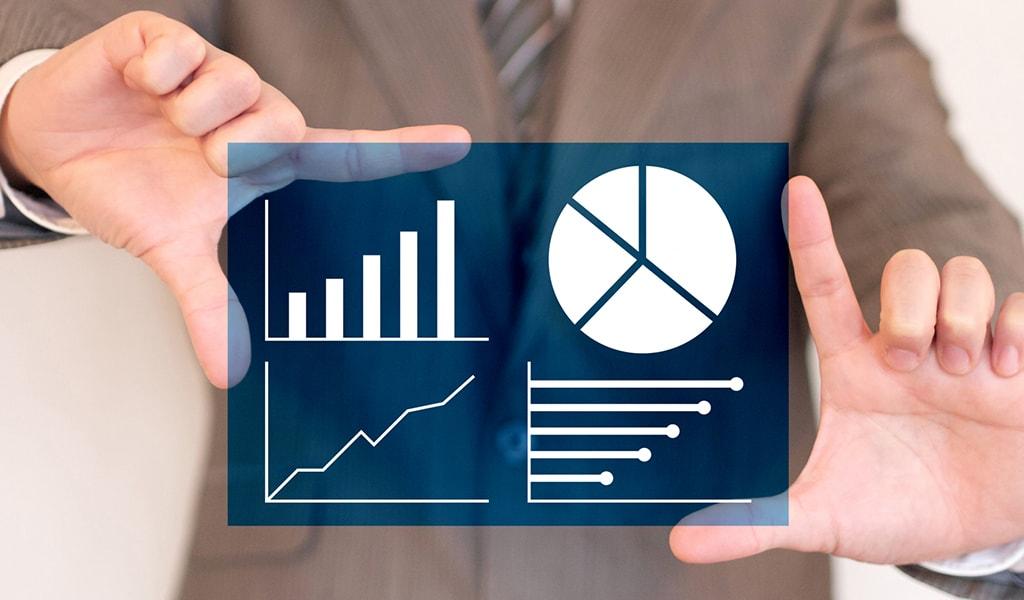 コンサルティング業界の市場規模と今後の拡大予測についての画像