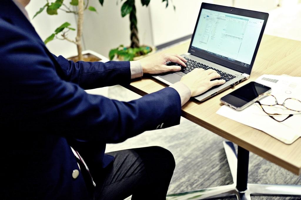転職事情についての5記事を紹介の写真